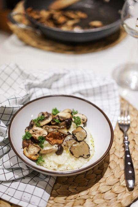 Risotto à la truffe et aux champignons