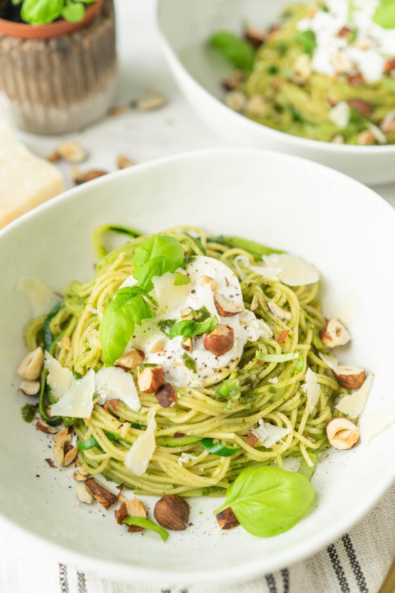 Spaghettis de courgette et pesto d'épinards