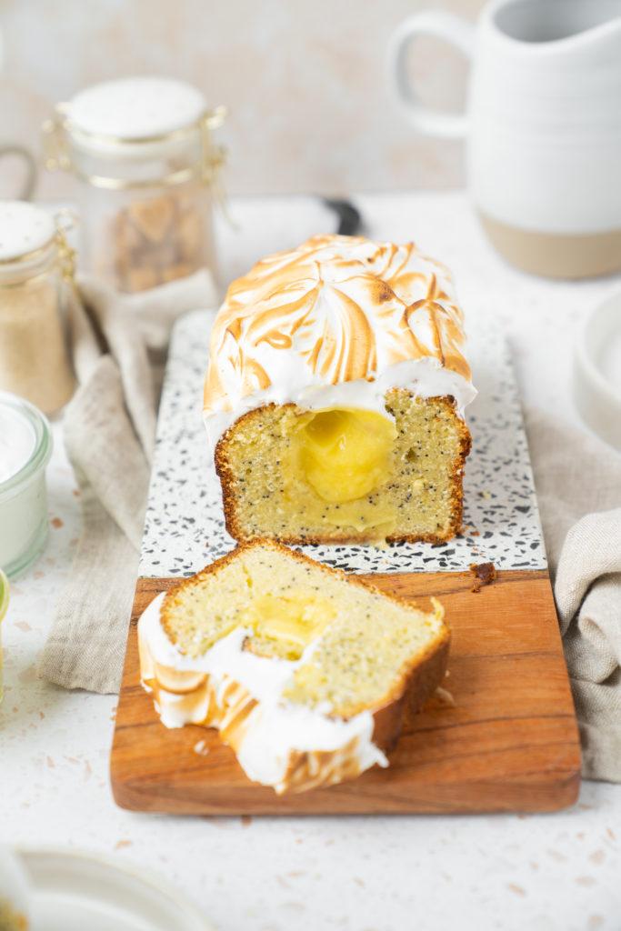 Cake citron pavot, lemon curd et meringue